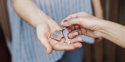 ¿Vale la pena comprar una segunda casa para alquilarla?