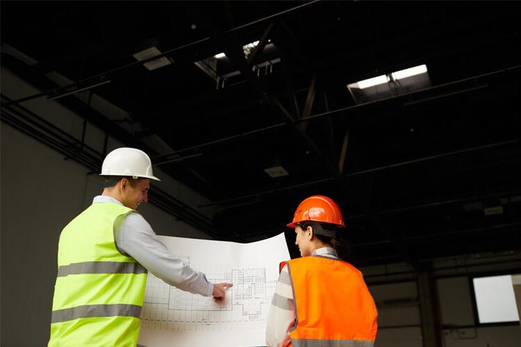 Proyectos de construcción y las agencias de bienes raíces